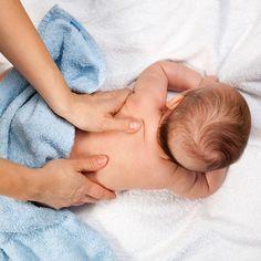 ¿Cómo darle #masajes a tu #bebé para calmarlo, comunicarte con él y transmitirle seguridad? http://www.doctissimo.com/mx/bebe/el-bebe-hasta-6-meses/cuidados-bebe-hasta-6-meses/masajes-para-tu-bebe