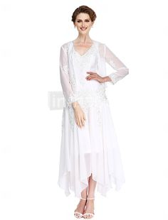 2017 Lanting Bride® A-line Mother of the Bride Dress Asymmetrical Long Sleeve Chiffon with Appliques / Beading 2017 - $107.99