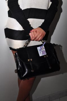 bag available in 4 colors