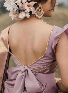 Kerala Saree Blouse Designs, Saree Jacket Designs, Blouse Designs High Neck, Fancy Blouse Designs, Bridal Blouse Designs, Lehenga Designs, Blouse Designs Catalogue, Sleeves Designs For Dresses, Stylish Blouse Design
