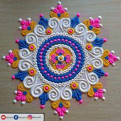 Rangoli Designs Simple Diwali, Rangoli Designs Peacock, Rangoli Photos, Diya Designs, Simple Rangoli Designs Images, Free Hand Rangoli Design, Rangoli Border Designs, Small Rangoli Design, Rangoli Patterns