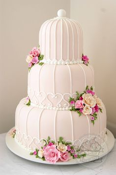 Birdcage wedding cake! I loved making this cake!!