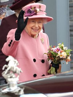 10-14-21 Queen Elizabeth Ii, British Royals, National Flower Of Wales, Prince Charles And Camilla, Prince Philip, Prince Of Wales, Camilla Duchess Of Cornwall, Duchess Of Cambridge, Walking Sticks