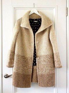Knitting Patterns Coat Buy a coat 'The warm of summer' – beige, monophonic, crocheted … Crochet Coat, Knitted Coat, Crochet Cardigan, Crochet Clothes, Sweater Coats, Sweater Outfits, Sweaters, Pullover Outfit, Summer Knitting