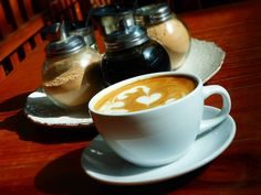 AROMA DI CAFFÈ  Un #Cappuccino y buenos días #CoffeeLovers!   .  . #AromaDiCaffé#MomentosAroma#SaboresAroma#Café#Caracas#Tostado#Coffee#CooffeeTime#CoffeeBreak#CoffeeMoments#CoffeeAdicts#MeetTheBarista#Espresso#CaféPostre#Cappuccino