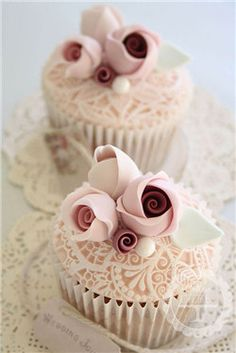 20 Cutest and Most Unique Wedding Cupcakes - EverAfterGuide