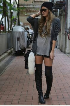 LOVE this look.  I could totally pull this out of my closet right now :)