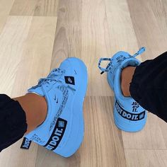 sneaker storage on shoes toms outlet, clarks shoes ireland, shoes under, shoes zipper repair, shoes Jordan Shoes Girls, Girls Shoes, Ladies Shoes, Nike Shoes Air Force, Asics Running Shoes, Aesthetic Shoes, Cute Sneakers, Sneakers Nike, Hype Shoes