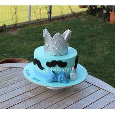 Günaydın ☀️ Happy Wednesday  Ayaz Efe geliyooor! @selinsyhn #babyshower #itsaboy #boycake #mustache #bıyık #şekerhamuru #şekerhamurlupasta #butikpasta #fondantcake #kişiyeözelpasta #reposteria #instacake #cakeoftheday #cakestagram #cakedecoration #cakedesign #sugarcake #cakeart #fondant #sugarcraft #edibleart #babyboy #instakids #decoratedcake #ideiasdebolosdocesedelicias