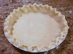 Pie Crust with Vodka (Christopher Kimball) Kuchen-Kruste mit Rezept des Wodka- (Christopher Kimball) Amish Pie Crust Recipe, Pie Dough Recipe, Pie Crust Dough, Pie Crust Recipes, Pie Crusts, Cookie Desserts, No Bake Desserts, Delicious Desserts, Dessert Recipes