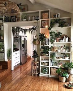 In modern cities it is actually impossible to stay within a house with an outdo Bohemian Bedroom Decor Cities House Impossible Modern outdo Stay # Home Decor bohemian House Design, Home Decor Inspiration, Decor, House Interior, Apartment Decor, Aesthetic Room Decor, Home, Interior, Home Decor