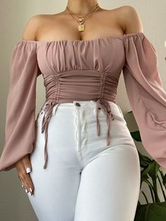 Crop Top Outfits, Curvy Outfits, Teen Fashion Outfits, Cute Casual Outfits, Stylish Outfits, Girl Fashion, Cute Outfits For Parties, Classy Fall Outfits, Tumblr Fashion