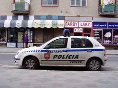 MsP Zvolen škoda fabia - Police cars by country - Wikimedia Commons slkowakije Police Car Pictures, Police Cars, Van, Wikimedia Commons, Country, Vehicles, Police, Rural Area, Car