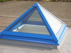 Spitze, blaue Dachkuppel eingebaut von der E. Schleicher & Sohn GmbH Bedachungen in Hamburg (22081) | Dachdecker.com Outdoor Gear, Tent, About Me Blog, Mirror, Oklahoma, Home Decor, Skylight, Roof Window, Roofing Companies