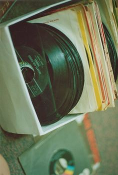 Can't get enough vinyl! Music Is Life, My Music, Rock N Roll, Hiphop, Vinyl Junkies, Record Players, Cassette, Soundtrack, Vinyl Records