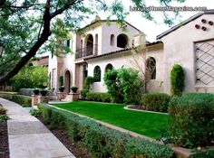 Arizona estate home front yard landscaping