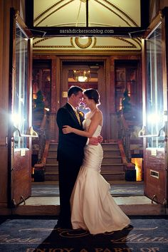 Front Entrance | Loose Mansion | KC Weddings | Sarah Dickerson Photography