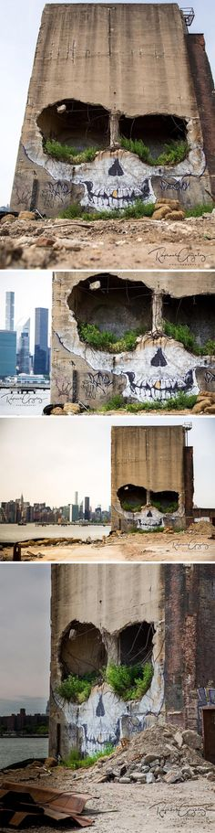 A Crumbling Building in Greenpoint Now Features a Ghoulish Skull