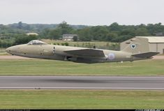 A Canberra keeps it really low on departure from RIAT - Photo taken at Fairford (FFD / EGVA) in England, United Kingdom on July Air Force Aircraft, Navy Aircraft, Fighter Aircraft, Military Aircraft, Fighter Jets, English Electric Canberra, Military Post, Jet Plane, Royal Air Force