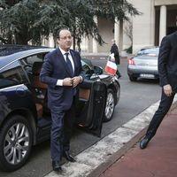 Le plan de bataille de François Hollande perturbé