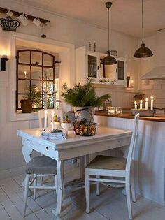 6 Admirable Cool Ideas: Tiny Kitchen Remodel Mobile Homes kitchen remodel tile open shelves.Small Kitchen Remodel With Laundry country kitchen remodel exposed beams. Country Kitchen, New Kitchen, Kitchen Decor, Cosy Kitchen, Scandinavian Kitchen, Kitchen Ideas, Rustic Kitchen, Kitchen Pass, 1970s Kitchen