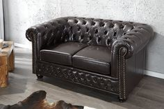 Sofa Luxury Chesterfield 2 osobowa Kawowa z guzikami styl klasyczny Chesterfield Sofa, Sofa Design, Sofa Chair, Couch, Sofa Furniture, Ventura Design, Sofa Chester, Sofas, Interior Architecture