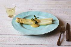 白ワインと優雅に。ホワイトアスパラガスのビネグレットソース | PARIS mag パリマグ