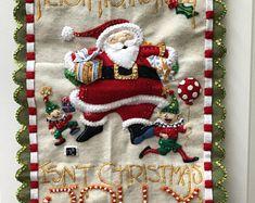 Felt Advent Calendar Santa mantle   Etsy Christmas Countdown, Days To Christmas, Felt Advent Calendar, Mantle, Christmas Stockings, Etsy, Beautiful, Holiday Decor, How To Make