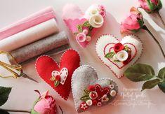 Nichol Spohr LLC: Simon Says Stamp   Felt Plush Heart Valentine's Decor