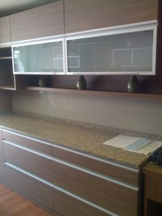 Kitchen on pinterest small kitchens drawers and kitchen for Muebles de cocina johnson