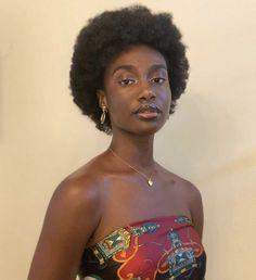 Beautiful Black Girl, Black Girl Art, Black Girl Magic, My Hairstyle, Afro Hairstyles, Pelo 4c, Type 4 Hair, Dark Skin Beauty, Brown Skin Girls