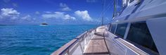 The best crewed charter boats worldwide: A large database of power yachts, sailboats, catamarans, for unforgettable holidays