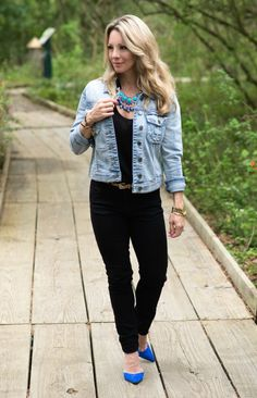 Jean jacket + statement necklace | Weekend Steals & Deals