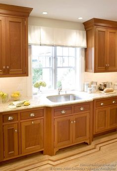 Light Wood Kitchen Cabinets Decor Sinks 63 New Ideas Kitchen Cabinets Light Wood, Kitchen Cabinets Knobs And Pulls, Light Wood Kitchens, Refacing Kitchen Cabinets, Maple Cabinets, Kitchen Cabinet Remodel, Cupboard Knobs, Updated Kitchen, New Kitchen