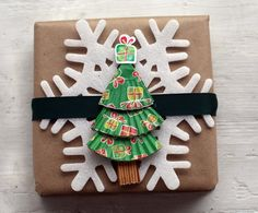 Gifts Dressed Up for the Holidays: Creative Christmas Wrapping Ideas
