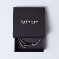 DOHA Paracord Thimble Bracelet Black/White in Matte