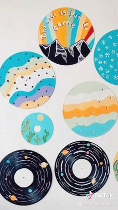 Small Canvas Art, Mini Canvas Art, Diy Canvas, Cd Wall Art, Cd Art, Vinyl Record Art, Vinyl Art, Deco Violet, Indie Room Decor