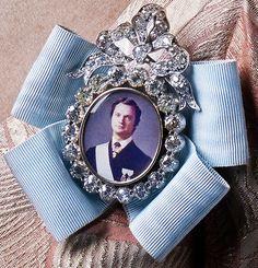 Sweden Royal Family Order - Queen Silvia