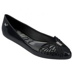 586a28bf204 Free Black Fashionable and fun ballerina