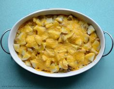 Few things could make Monday better than the recipe for Pioneer Woman's Perfect Potatoes au Gratin. They are very literally perfect; cheesy, starchy, potato-laden heaven. Not only are they delicious, they are easy too. You don't even have to peel the potatoes! These are a perfect side for any grilled meat and are one of