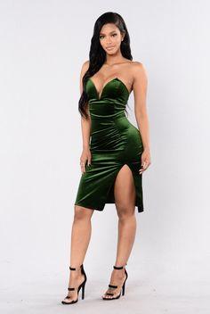 Helena Dress - Hunter. Size: M