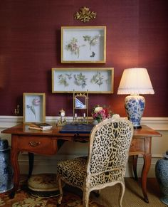 """""""Old school Chinoiserie and quite charming with its burgundy grasscloth walls, framed botanicals, gorgeous velvet leopard chair, jute rug layered with needlepoint, and blue and white Chinese porcelain. Home Office Design, Home Office Decor, Office Ideas, Cool Office, Black Office, Chinoiserie Chic, Up House, Home Decor Inspiration, Decor Ideas"""