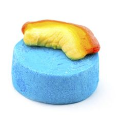 Dorothy bubble bar . . . I read several revues on this stuff . . . supposed tob e awesome, I am definitely going to try this!