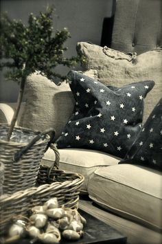 Burlap/Linen look, love it and the stars on the pillows and little hearts have a star on them too.♥
