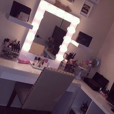 This room by chloe hostetler features an L-shape desk and Vanity Girls'd Broadway mirror Closet Vanity, Vanity Room, Vanity Desk, Ikea Vanity, Vanity Mirrors, Girl Desk, Girl Room, Home Office, Beauty Room