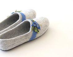 Women felted wool slippers handmade wool clogs от AgnesFelt
