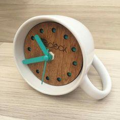 Clock Art, Diy Clock, Clock Decor, Homemade Clocks, Wood Crafts, Diy And Crafts, Wall Clock Wooden, Cool Clocks, Wall Clock Design