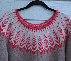 Ravelry: solveigg's Vintersol Sweater Knitting Patterns, Knit Patterns, Hand Knitting, Icelandic Sweaters, Hand Knitted Sweaters, Yarn Projects, Knitting Projects, Knit Leg Warmers, Sweater Design