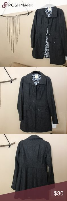 Dark grey wool trench coat Super warm, has an inner lining to keep it from being itchy. Goes half way down your thigh in length. So classy! Jackets & Coats Trench Coats