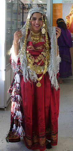 Africa | Traditional costume: Gabes- Tunisia | © Hayyy on flickr